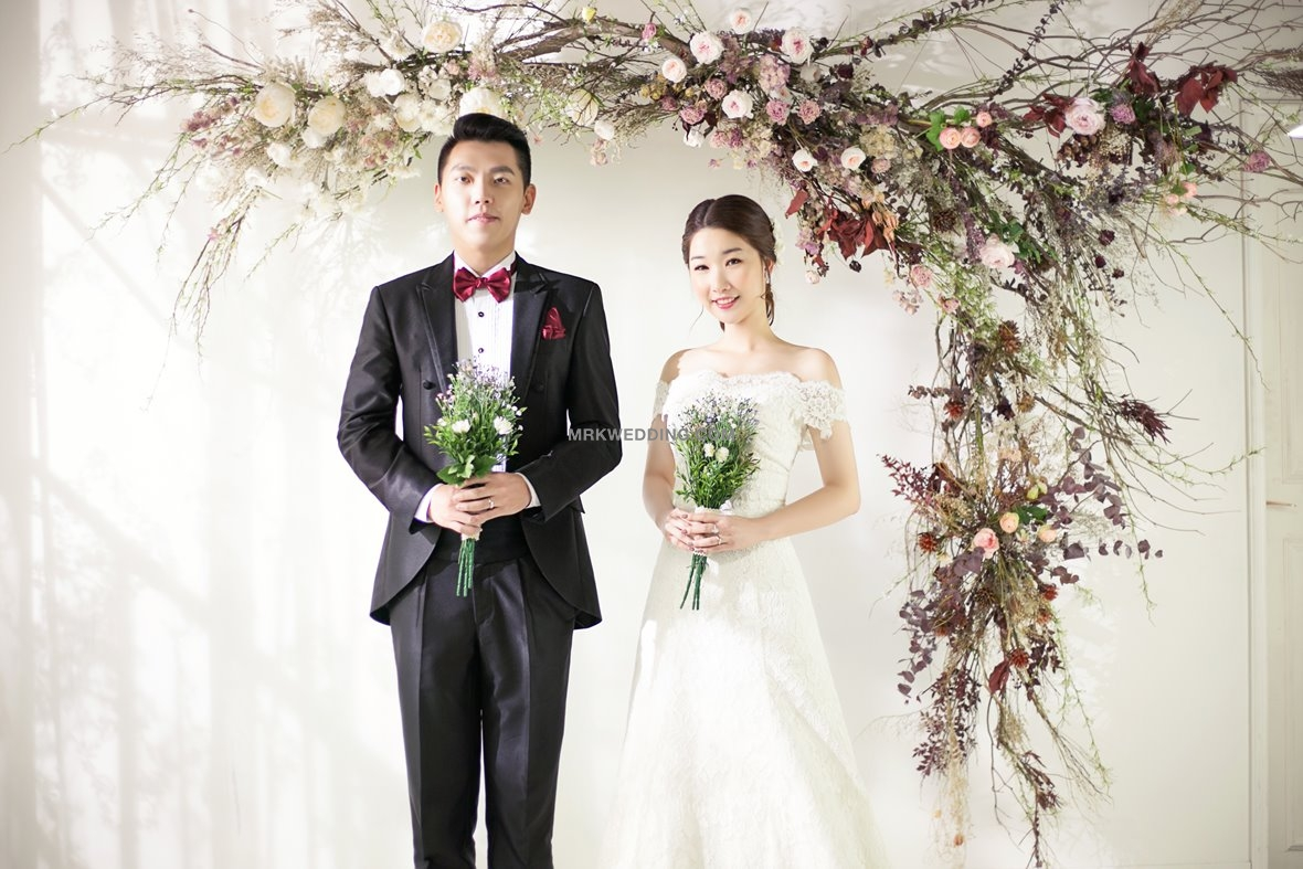 Korea pre wedding package (7).jpg