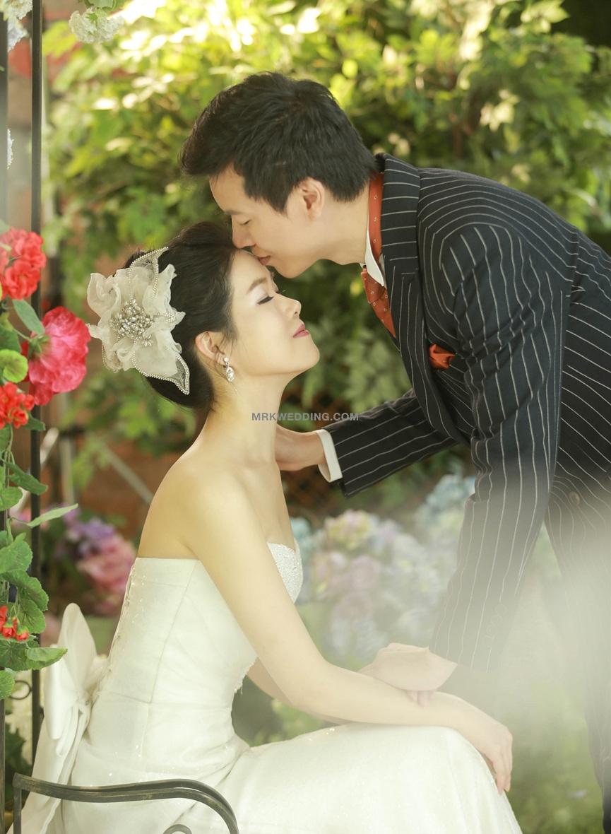 Korea pre wedding (1).jpg
