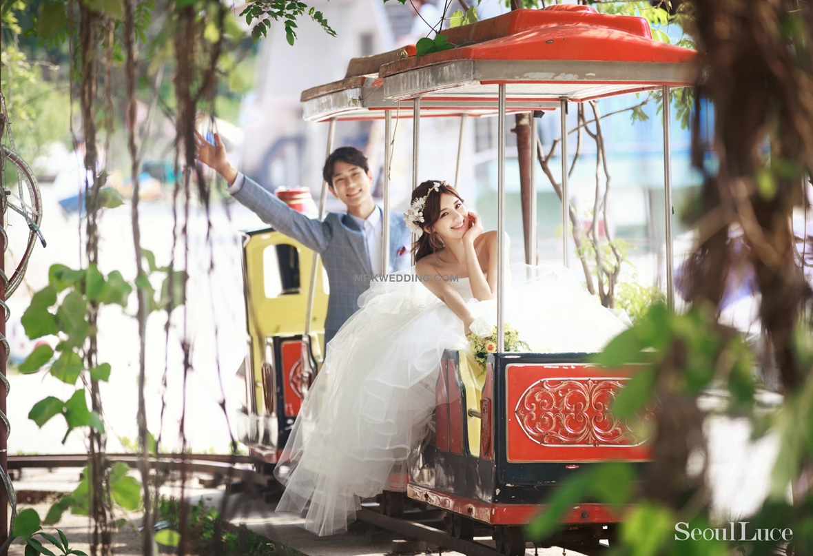 Korea pre wedding photography (90).jpg
