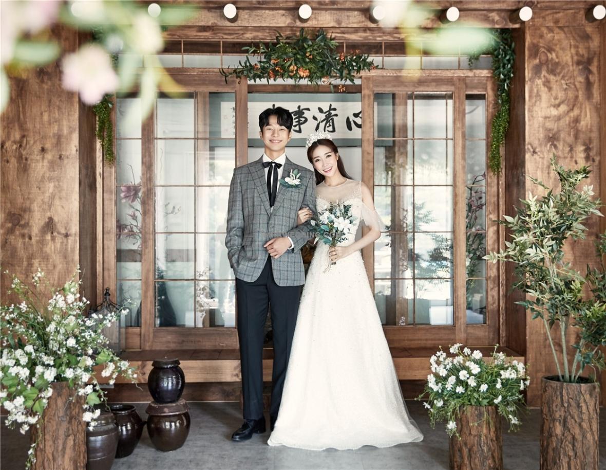 #mrkkoreawedding03.jpg